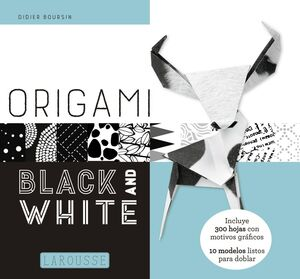 ORIGAMIS. BLACK AND WHIT