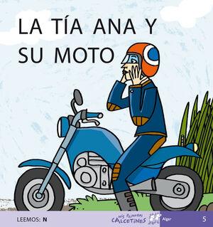 LA TÍA ANA Y SU MOTO